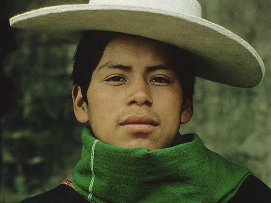 Ecuador. Near Banos (Chimborazo). Salasaka Indian1.
